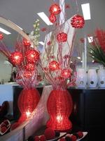 ESSENCE TABLE LAMP